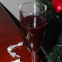 Bisschopswijn Recipe - A hot spiced wine that is popular during the winter holidays.