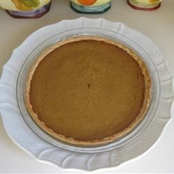 Sara's Pumpkin Pie Recipe - My mom makes THE VERY BEST PUMPKIN PIE. Here is her recipe. Enjoy with sweetened fresh whipped cream.