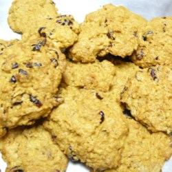 Pumpkin Cookies VI Recipe - A chewy pumpkin cookie made with oatmeal. You can substitute chocolate chips or nuts for the raisins.