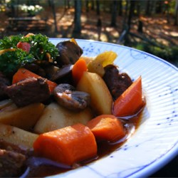 Make-Ahead Slow Cooker Beef Stew Recipe - This stew can be made fresh, browning the meat then tossing all the ingredients together in the slow cooker, or it can be prepared ahead of time for freezing and quick assembly for a quick crock pot meal when you need it!