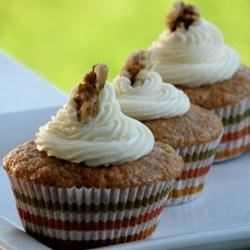Carrot Cupcakes with White Chocolate Cream Cheese Icing Photos ...