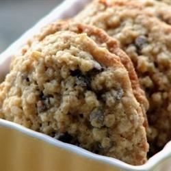 Chewy Chocolate Chip Oatmeal Cookies Recipe - Chewy oatmeal cookies packed with walnuts and chocolate chips are easy to make, and your family will love the combination of flavors.