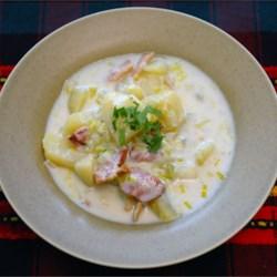 Creamy Potato Leek Soup II garnished with fresh parsley