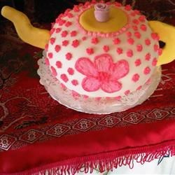 My first teapot cake