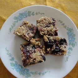 Granola Recipe Bars Recipe - This recipe has won one blue ribbon and one red ribbon. They're chewy and have a wonderful flavor.