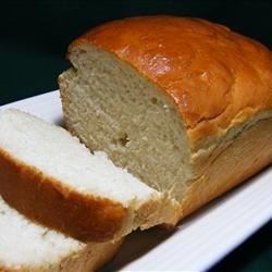 Batter White Bread Recipe - This is a yeast bread that requires no kneading! A brief, vigorous mixing is sufficient for this simple white bread.