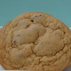 The Right Choice Chocolate Chip Cookies Recipe - These are an awesome example of Chocolate Chip Cookies,...so say's my 6 year old, and he should know he's eaten enough to be an expert.