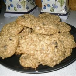 Mom's Raisin Oatmeal Cookies Recipe - Soft cake-like cookie studded with plump raisins and sweetened with brown sugar - a childhood favorite.