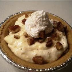 Instant Millionaire Pie for Diabetics Recipe - Quick and delicious, this pie 's secret is the sugar-free vanilla pudding stirred up with milk. Crushed pineapple, whipped topping, and chopped pecans get folded in. And this delightful filling is spooned into a graham cracker crust and chilled.