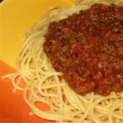 Vibration Spaghetti Sauce Recipe - Red sauce with plenty of ground beef, seasonings, mushrooms, olives and garlic.