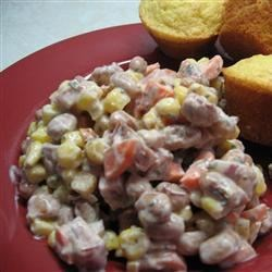 Spicy Creamy Cajun Ham and Black Eyed Peas Salad Recipe - This warm salad of black-eyed peas, corn, and ham has a creamy, spicy dressing. Serve with warm, crusty bread and a tomato salad.