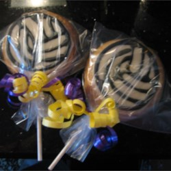 Lollipop Sugar Cookies Recipe - Sugar cookies on a stick!  These cookies make great party favors or centerpiece bouquets.