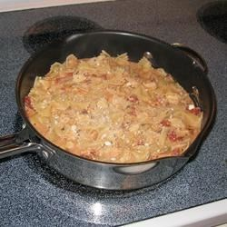 Creamy Chicken, Bacon, and Tomato Pasta