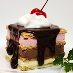 Diet-Friendly Fake-Out Neopolitan Ice Cream Dessert