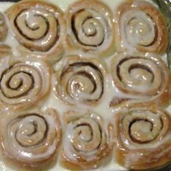 yummy gooey cinnamon rolls