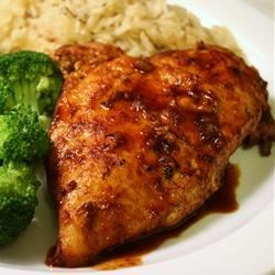 Chicken and Red Wine Sauce Recipe - A simple red wine sauce with brown sugar, garlic, paprika, salt, and pepper makes this dish simply yummy! Braised chicken breasts, brazenly good taste.