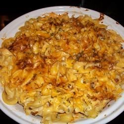 Amish Casserole Recipe - Ground beef in tomato sauce is layered with cheese and creamy noodles in this quick satisfyingly rich and hearty casserole from the Pennsylvania Dutch country.