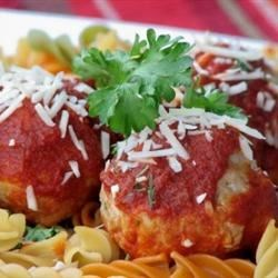 Fast and Friendly Meatballs Recipe and Video - These oven-baked meatballs are fast and easy to prepare and very kid-friendly. You can serve them with pasta and spaghetti sauce or just eat them with ketchup, as my children do.
