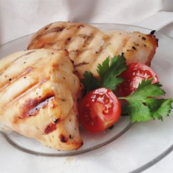 Honey Key Lime Grilled Chicken Recipe - When I bought a bottle of Key Lime juice on vacation in Florida, I wondered what I would do with it...  Now this recipe is a staple in our kitchen!  I hope you enjoy it too!  The longer you marinate, the better the sweet-sour combo gets!
