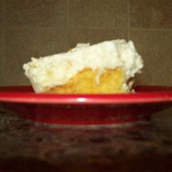 """Lick Your Lips Cake Recipe - Fruity, creamy cake that keeps them coming back for """"just one more little piece""""!"""