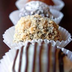 Easy Decadent Truffles photo by chibi chef - Allrecipes.com - 58404