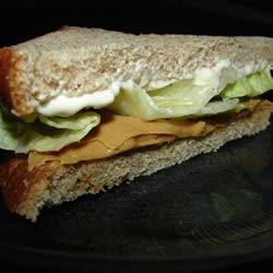 Peanut Butter, Mayonnaise, and Lettuce Sandwich Recipe - Don't stop now! Try it, you'll like it!