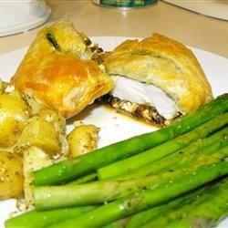 Mediterranean Chicken in Puff Pastry
