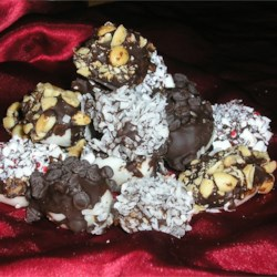 Pioneer Potato Candy Recipe - The main ingredients for this old fashioned candy are mashed potato and confectioners' sugar. Salted peanuts can be substituted for shredded coconut for a different taste.