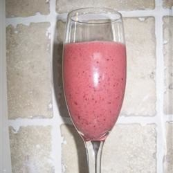 Cherry Banana Smoothie Recipe - Cherries and banana are given a shot of almond extract in this tasty smoothie.