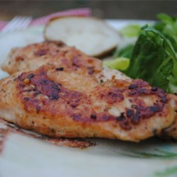 A Good Easy Garlic Chicken Recipe - Sprinkle chicken breasts with garlic powder, onion powder and seasoning salt - then sautee and enjoy. Couldn't be easier! Great recipe for quick and easy meal, even for the pickiest eater!