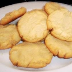 Peanut Butter Cookies IV Recipe - Very delicious cookies that are easy to make.  These will stay soft in an air-tight container.