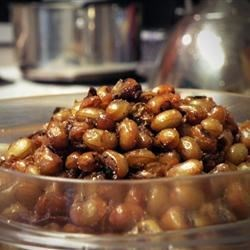 Deep Fried Black Eyed Peas Recipe - An unusual crunchy snack, black-eyed peas are soaked overnight, cooked with onion and jalapeno pepper, then deep fried and tossed with seasonings.