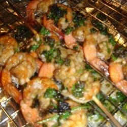 Fishboy's Beer Belly Shrimp Recipe - This recipe combines some of my favorite ingredients; beer, hot sauce and shrimp. Cooking with beer is always cool. Just remember not to waste that 1/4 can of beer that is left over!