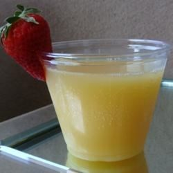 Mimosa Recipe - A traditional brunch beverage.  Enjoy this light delight on Mother's Day, Christmas, or any special occasion.
