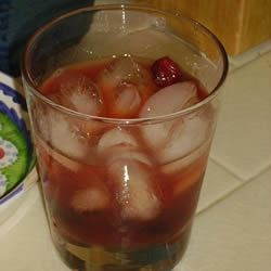 Uncommonly Clyde Recipe - We invented this drink over the holidays, when we had mounds of homemade cranberry sauce in the fridge. We subbed bourbon and experimented until we arrived at this delicious mix.
