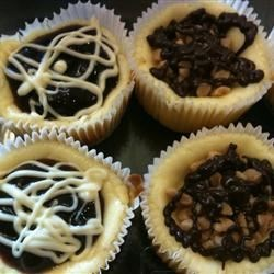 Cream Cheese Cupcakes Recipe - Quick and Easy recipe. A hit with those who like cheese cake. Top with your favorite pie filling.