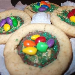Easter Egg Nest Peanut Butter Cup Cookies!