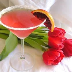 Cranberry Martini Recipe and Video - I had this cranberry martini recipe at a holiday party and everyone loved it. The cranberry juice mixes nicely with the liquor. It's a perfect smooth drink.