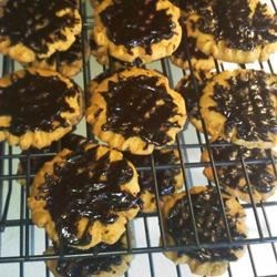 Chocolate-Iced Peanut Butter Cookies
