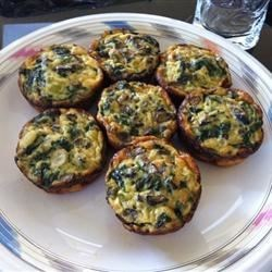 Spinach Mushroom Quiche Recipe - Whoever invented crescent rolls, should get a medal. In this recipe they make a dandy crust, filled to the brim with a fabulous cheese, mushroom, half and half egg mixture. And a package of herb and lemon soup mix.