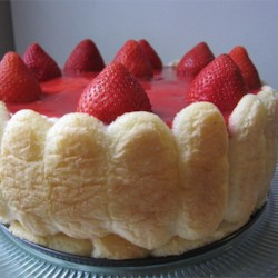 Strawberry Torte Recipe - Light and fluffy, easy and elegant. This recipe is from my Mom!