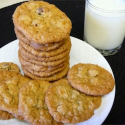 Oatmeal Chocolate Chip Cookies I Recipe - This recipe combines oatmeal cookies with chocolate chip cookies into one basic and delicious cookie.