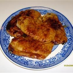 Honey Mustard Dream Delight Pork Chops Recipe - Pork chops never had it so good. First they're rubbed with pungent herbs and tucked into the fridge overnight. Then they're grilled and double-basted with a three-mustard sauce and sweet, thick honey.