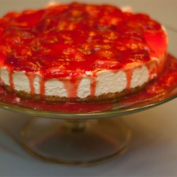 Best No-Bake Cheesecake Recipe and Video - This is an amazing recipe that I just threw together one day. Everyone loves it so much, it doesn't last long. This is good with any kind of canned or fresh fruit.