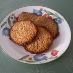 Aunt Gail's Oatmeal Lace Cookies Recipe - This recipe, from my great great Aunt Gail, is delicious!