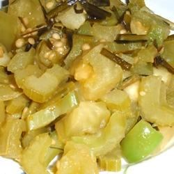 Green Tomato and Bell Pepper Delight Recipe - Green tomatoes, bell peppers, celery and green onions sauteed in olive oil and cider vinegar.  A great new way to use green tomatoes!