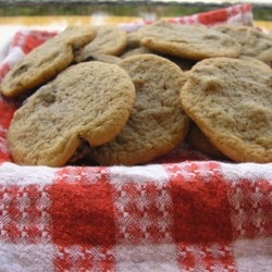 Mom's Cookies Recipe - This is one of my mom's favorite cookies that she made quite often. Mom had lots of family and friends over and they always had these cookies on hand with tea.
