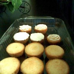 Moist Yellow Cupcakes and Buttercream Frosting