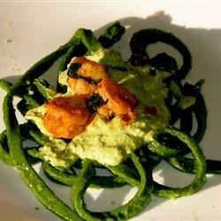 Spinach fettucine with Basil Cream Sauce