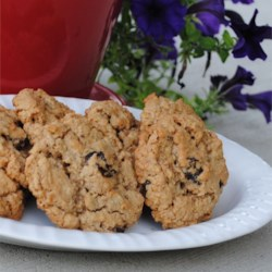 Oatmeal Cherry Walnut Cookies Recipe - Old-fashioned caramelized sugar oatmeal cookies like my Grandma in Abilene, Kansas used to make, updated with Dried Tart Cherries and crunchy walnuts. Yumm!